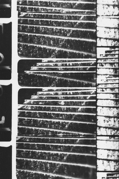 Railings, Guy Sherwin, UK, Black and White, 7 minutes, 1977